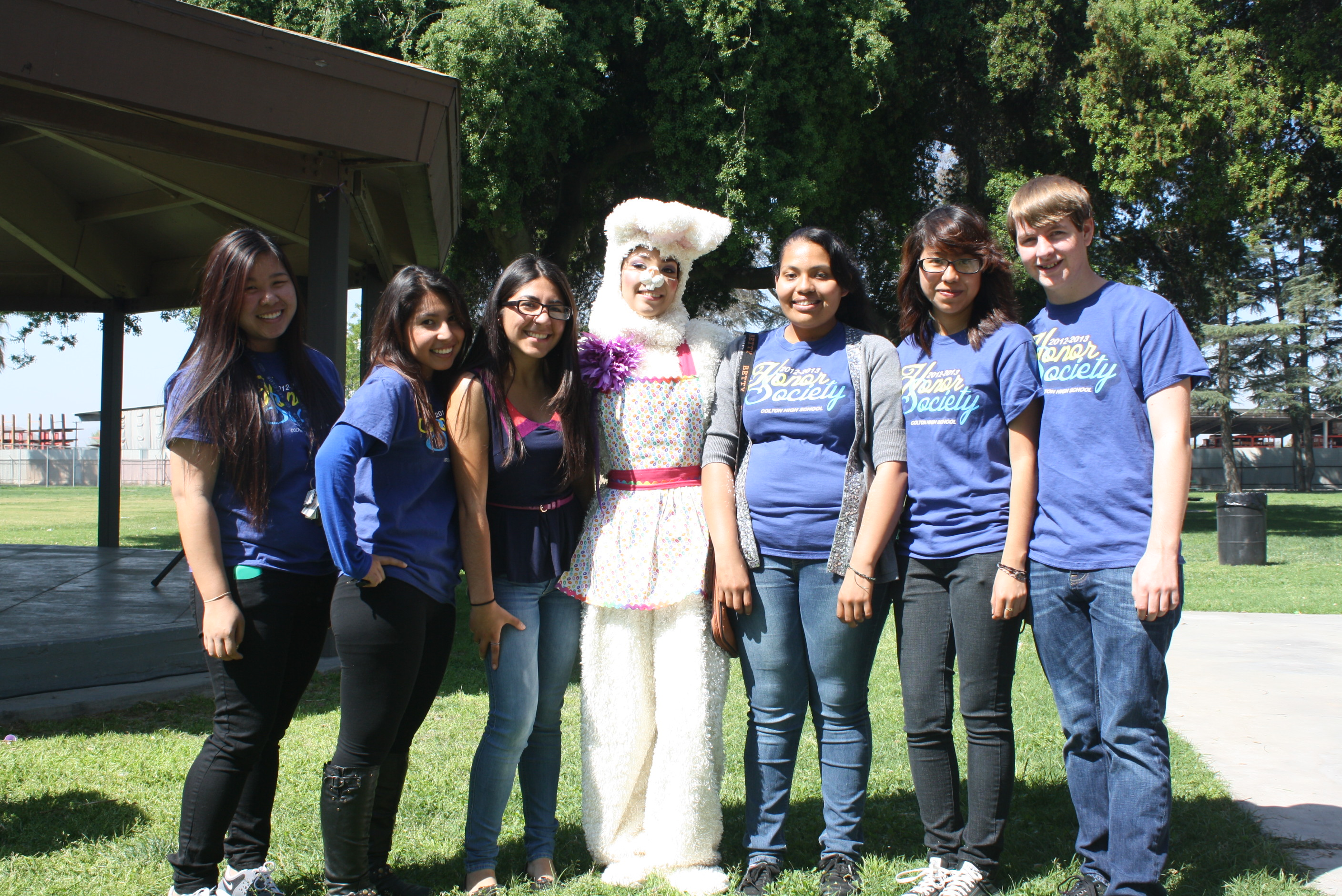 Easter Bunny with Colton High School Honor Society