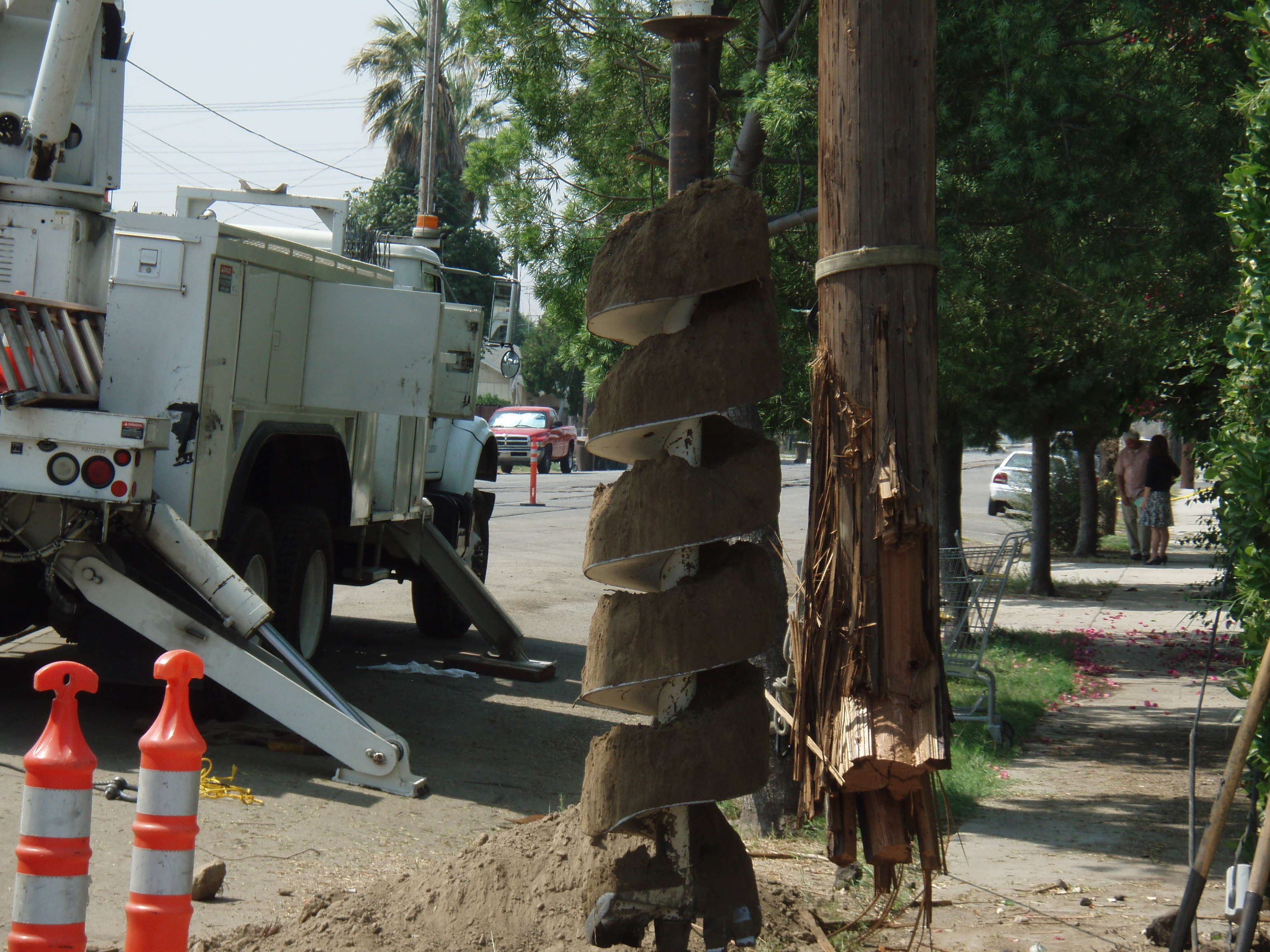 Broken Pole with Digger